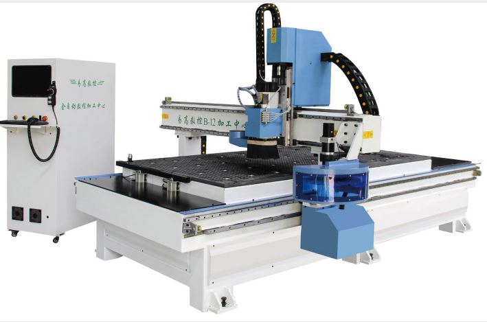 1325 ATC CNC machine with 12 tools for woodworking furniture